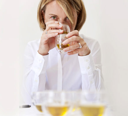 in-france-a-high-school-of-olive-oil-tasting-fabienne-rouxs-high-school-of-tasting
